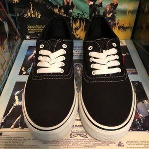 Levi's Jordy Buck Shoes